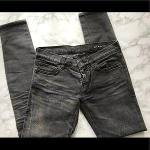 c38ea31e291 Saint Laurent D01 SK LW Distress Skinny Jeans 27